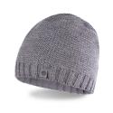 Jasnoszara stylowa męska zimowa czapka