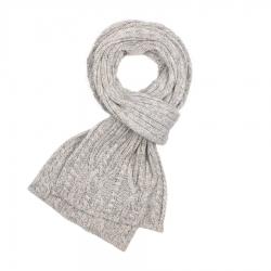 Modny szalik damski na zimę z wełny